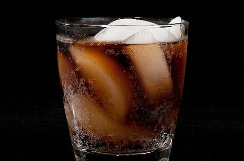 Коктейли с виски: наслаждаемся разнообразием вкусов
