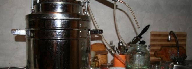 Рецепты ароматизации самогона через сухопарник