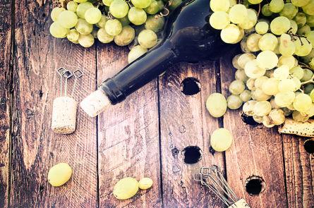 Проверяем в домашних условиях натуральность виноградного вина