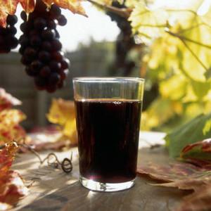 Сухое вино из черного винограда