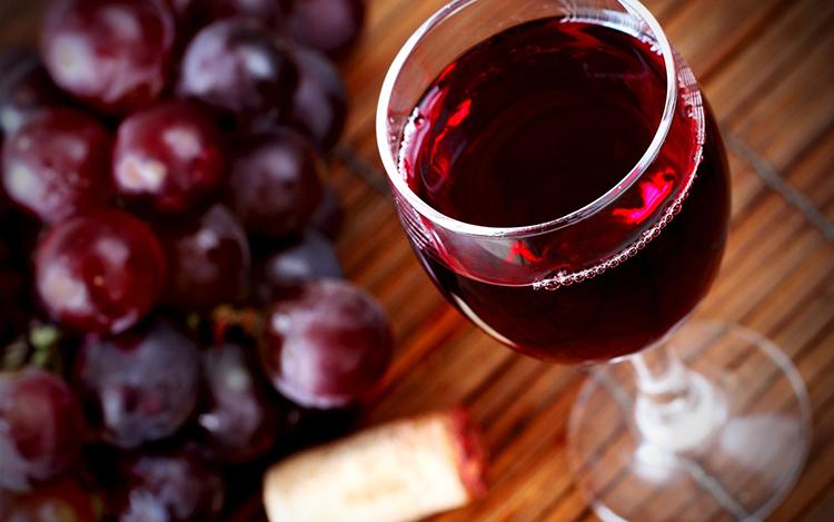 Приготовление домашнего красного вина