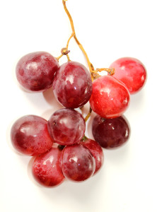 Мыть ли виноград