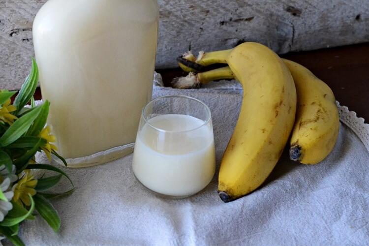 бананово-молочная настойка