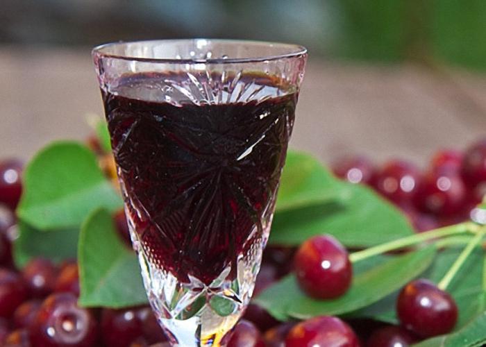 настойка из вишни на спирту