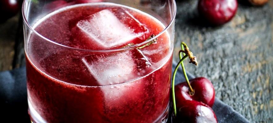 вишневый коктейль с виски