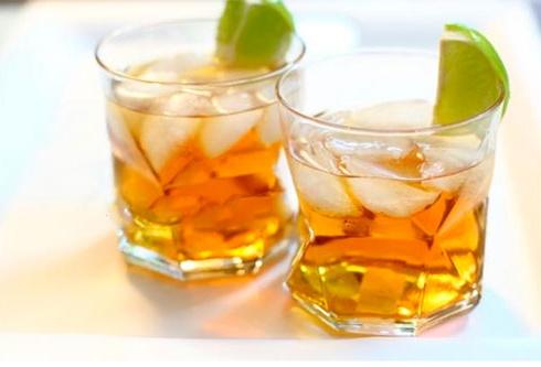 коктейль с яблочным соком