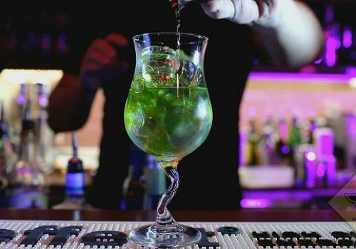 коктейли с абсентом Зеленая фея