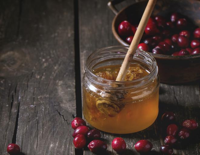 настойка из клюквы с медом на водке